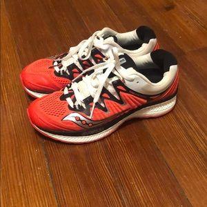Saucony Everun Triumph 50 women's running shoe